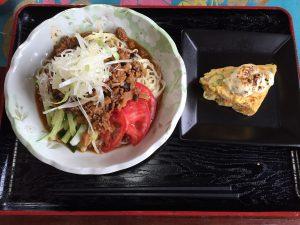 白いきくらげ「白美茸」料理(ジャージャー麺)